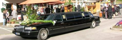 wedding limousine at Gasthaus Grossvenediger